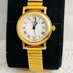 Vintage Ladies Gucci 18K yellow gold-plated Watch